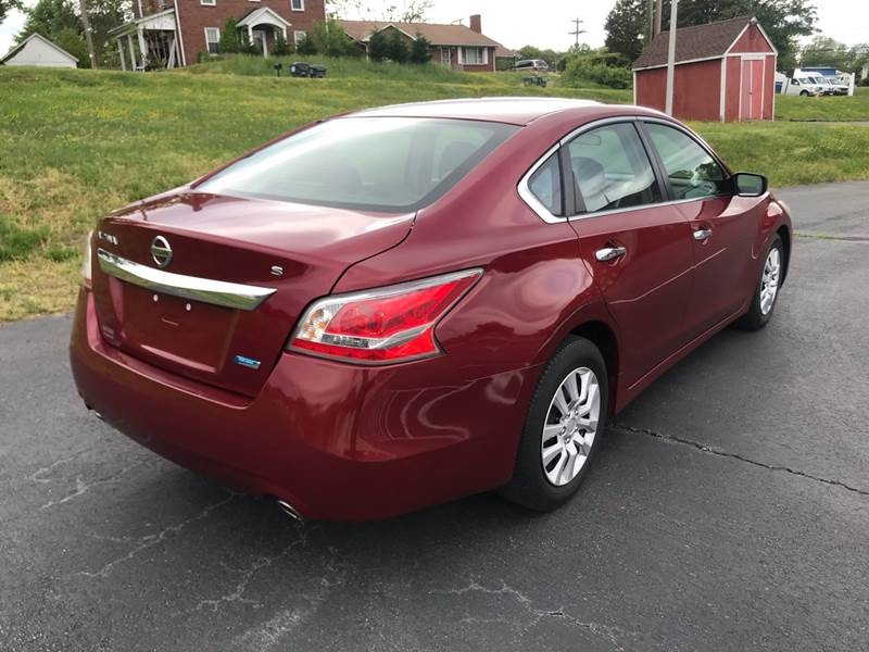 Nissan Altima 2013 price $7,599