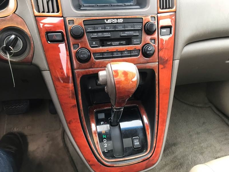 Lexus RX 300 2001 price $3,599