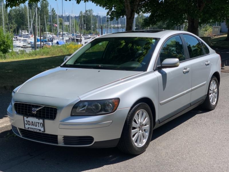 Volvo S40 2005 price $4,995