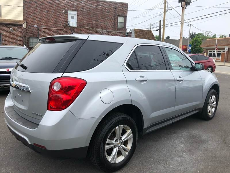 Chevrolet Equinox 2015 price $9,499