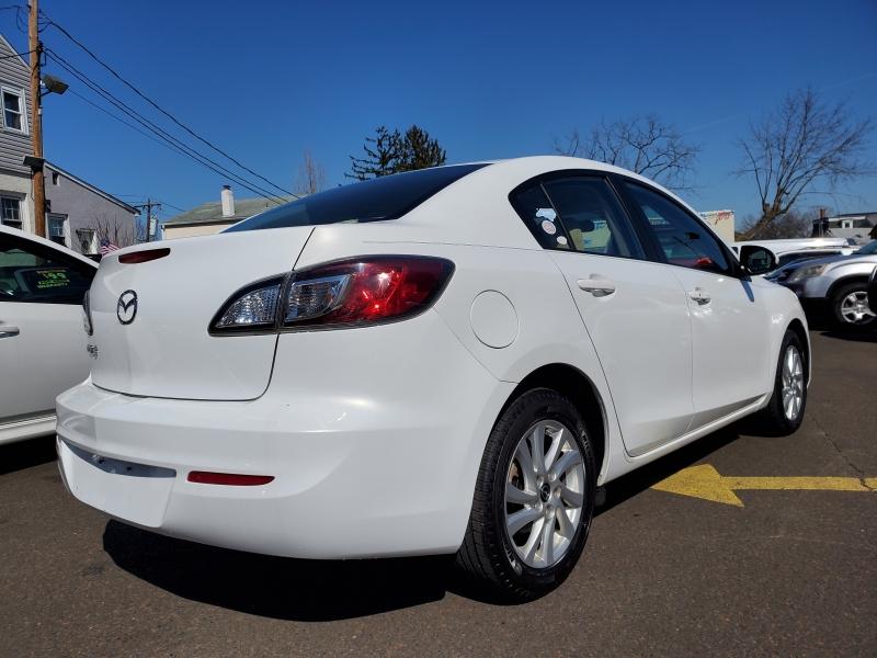 Mazda Mazda3 2013 price $7,200