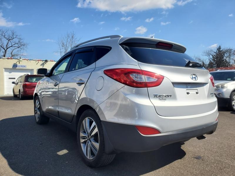 Hyundai Tucson 2014 price $10,999