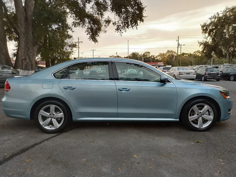 Volkswagen Passat 2012 price $7,990
