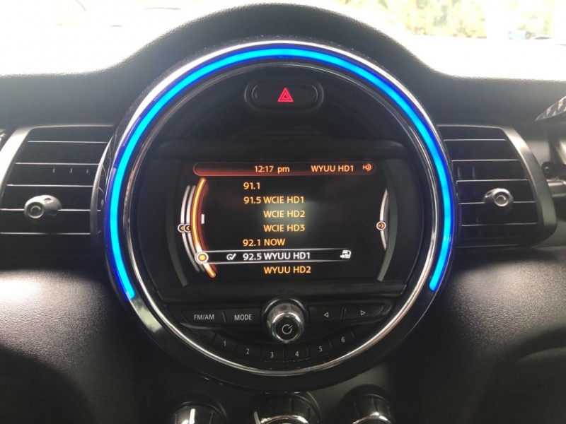Mini Cooper Hardtop 2014 price $11,990