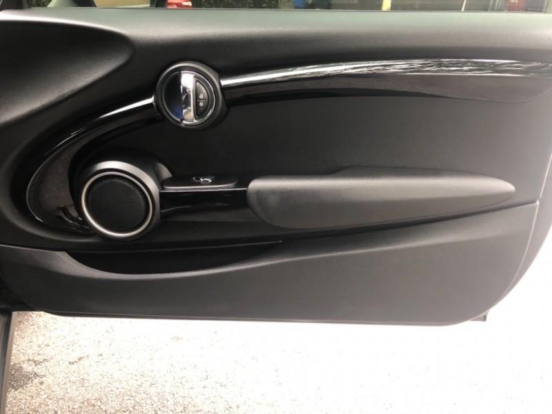 Mini Cooper Hardtop 2014 price $13,990