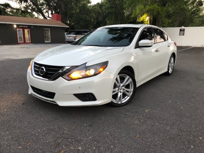 Nissan Altima 2016 price $14,490