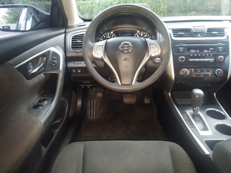 Nissan Altima 2015 price $7,990