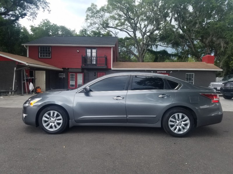 Nissan Altima 2015 price $8,490