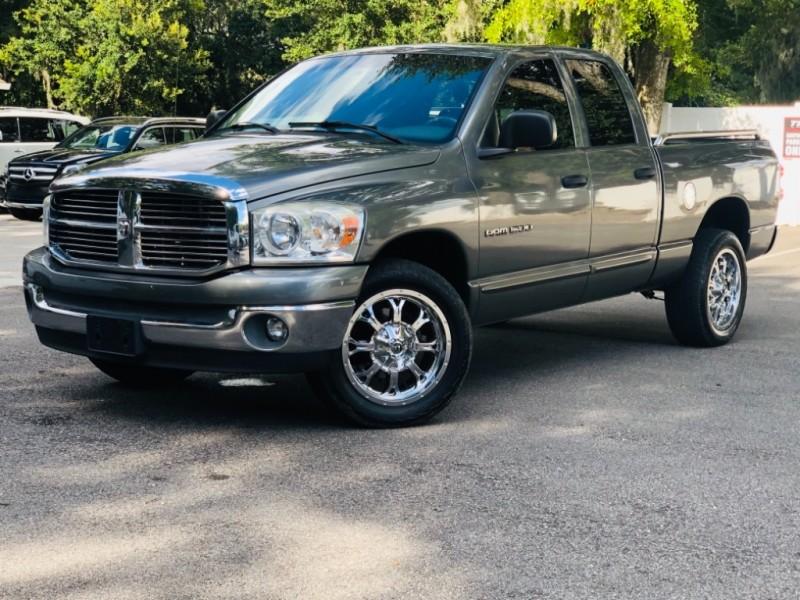 Dodge  2007 price $9,990
