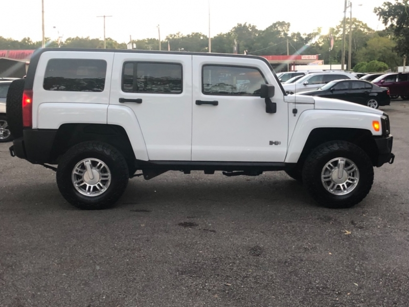 Hummer H3 2007 price $11,990