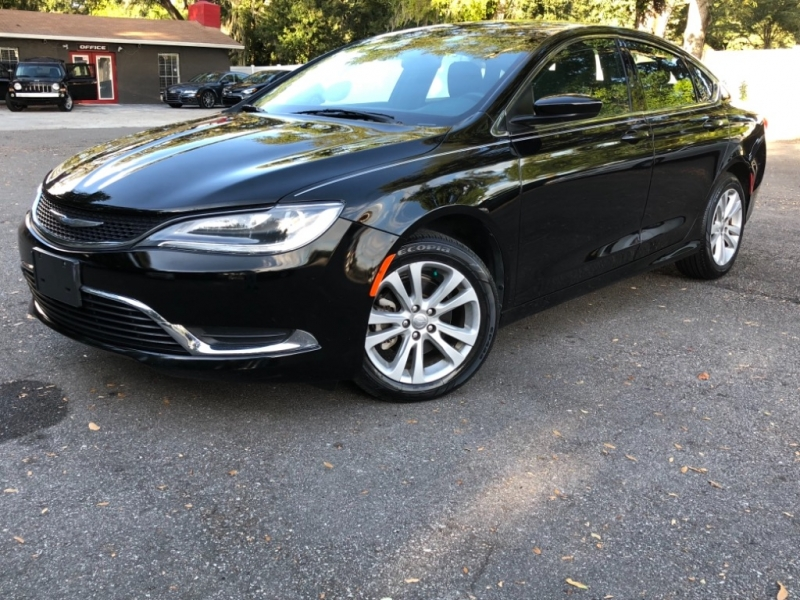 Chrysler 200 2015 price $9,990