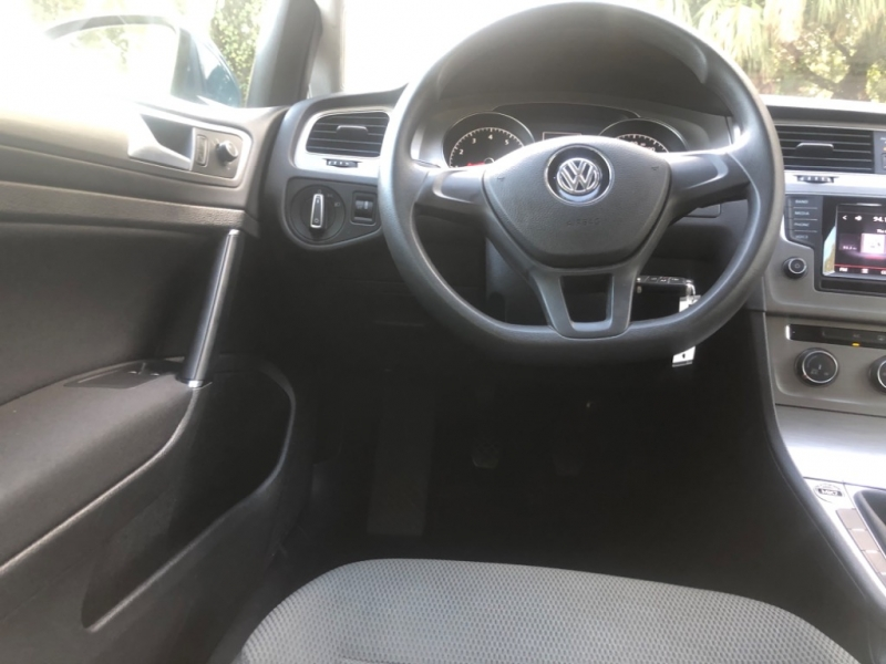 Volkswagen Golf 2015 price $11,990