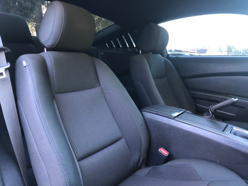 Ford Mustang 2014 price $12,990
