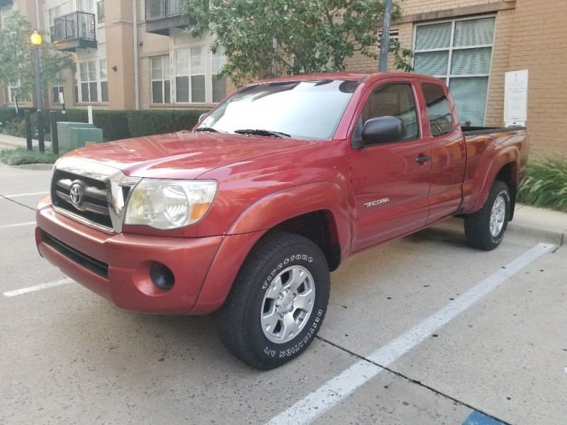 Toyota Tacoma 2007 price $10,900
