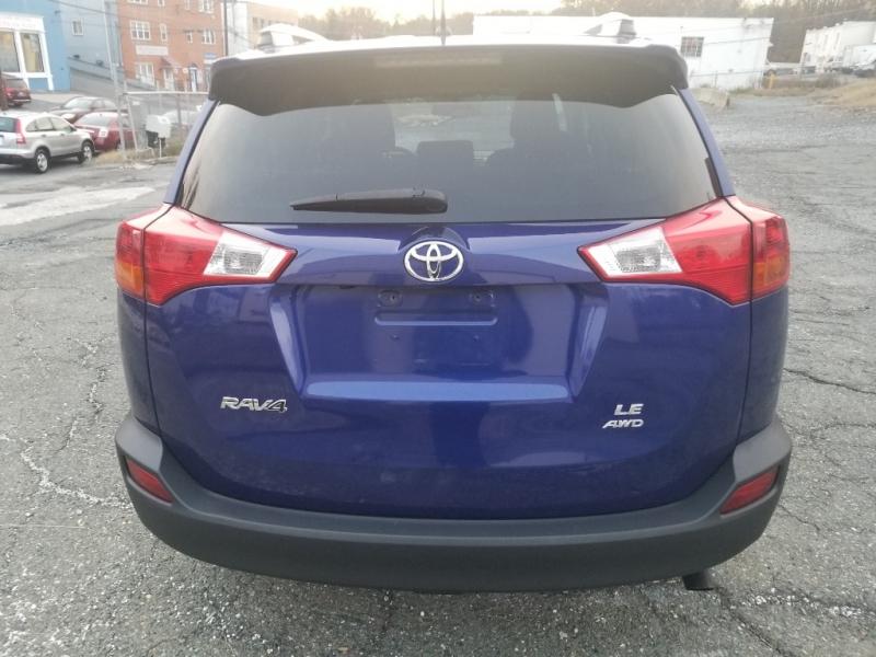 Toyota RAV4 2015 price $10,990