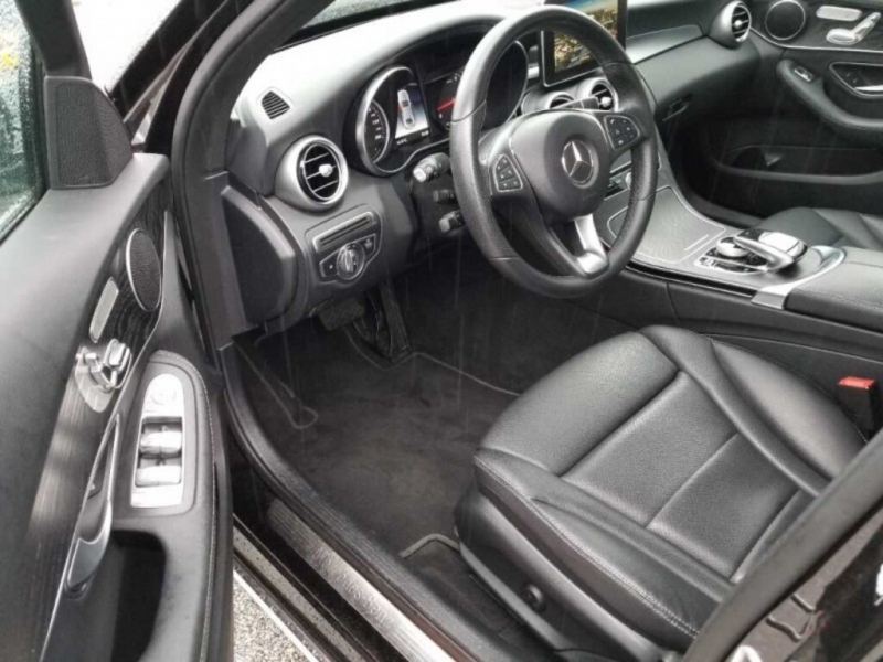 Mercedes-Benz C300 4MATIC 2018 price $36,888