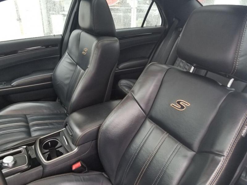 Chrysler 300 2017 price $24,995
