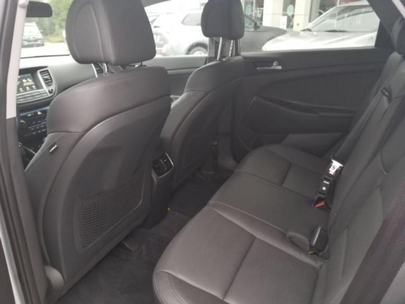 Hyundai Tucson 2018 price $27,995