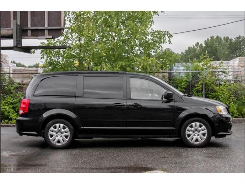 Dodge Grand Caravan 2017 price $19,495
