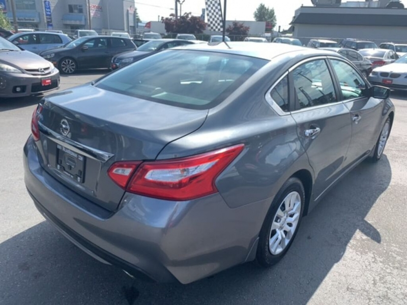 Nissan Altima 2017 price $14,488