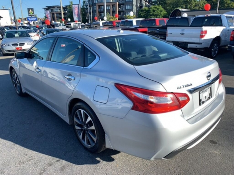 Nissan Altima 2016 price $14,488