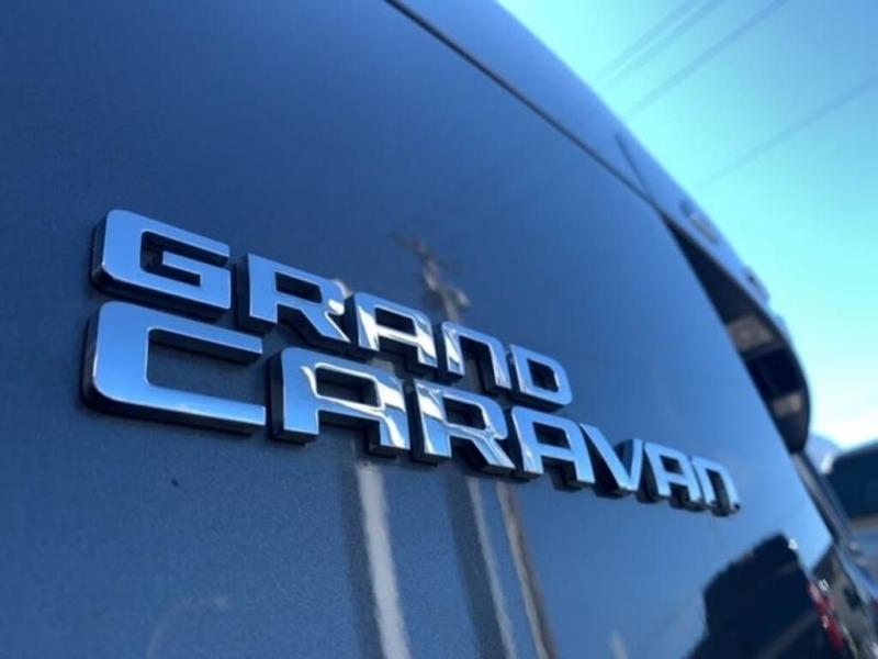 Dodge Grand Caravan 2016 price $13,488