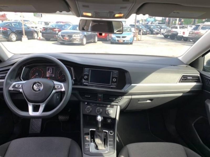 Volkswagen Jetta 2019 price $18,488