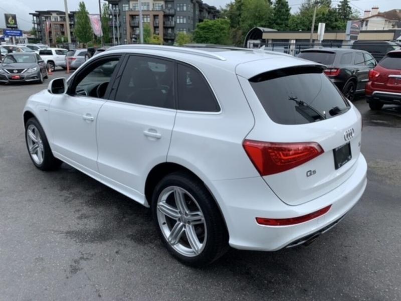 Audi Q5 2011 price $16,388