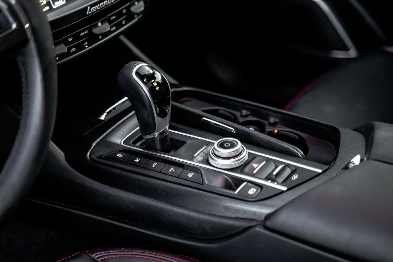Maserati Levante Granlusso CARBON WIDEBODY AERO 2018 price $89,800