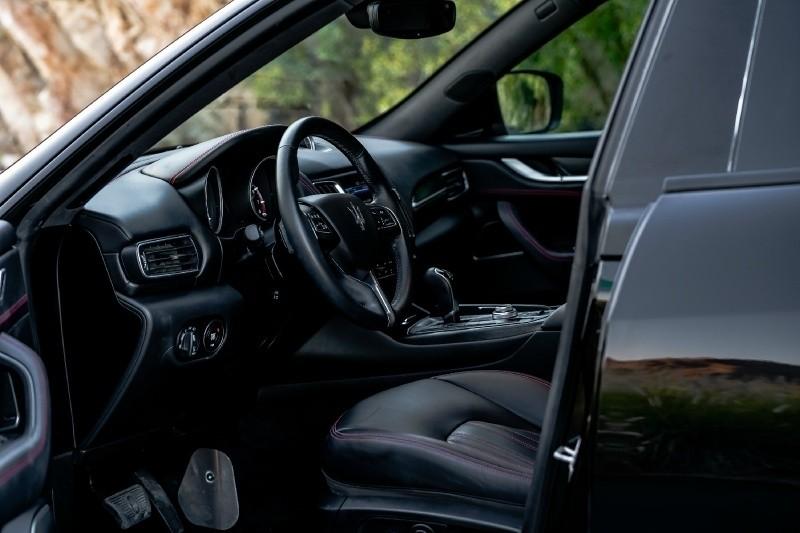 Maserati Levante Granlusso CARBON WIDEBODY AERO 2018 price $79,800