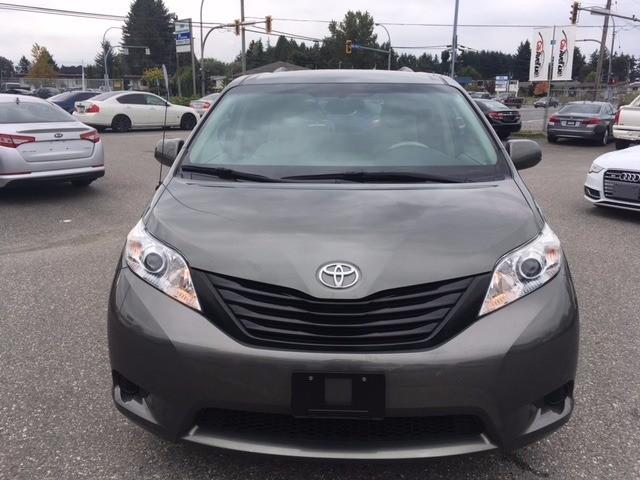 Toyota Sienna 2011 price $16,888