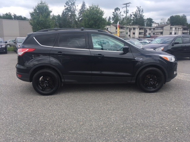 Ford Escape 2013 price $12,880