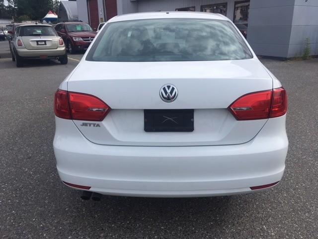 Volkswagen Jetta 2014 price $12,880