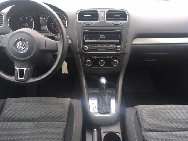 Volkswagen Golf 2013 price $14,840