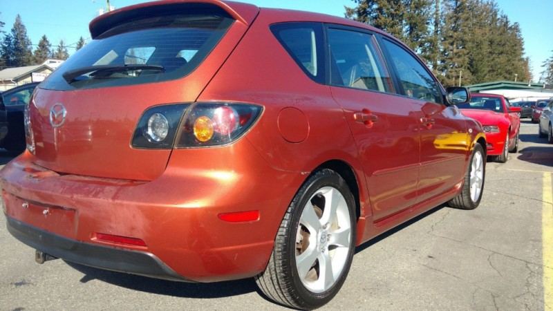 Mazda 3 2005 price $3,999