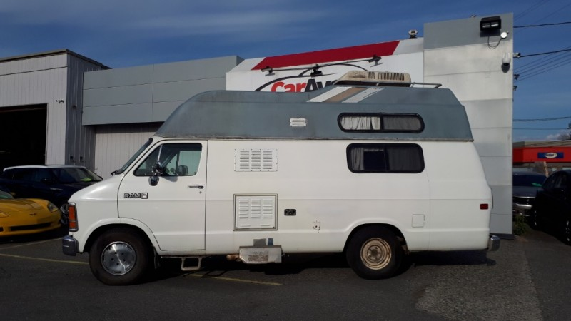 Dodge Vans 1989 price $12,999