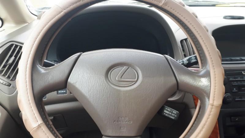 Lexus RX 300 2000 price $4,999