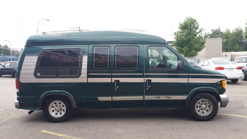 Ford Econoline Cargo Van 1999 price $12,999