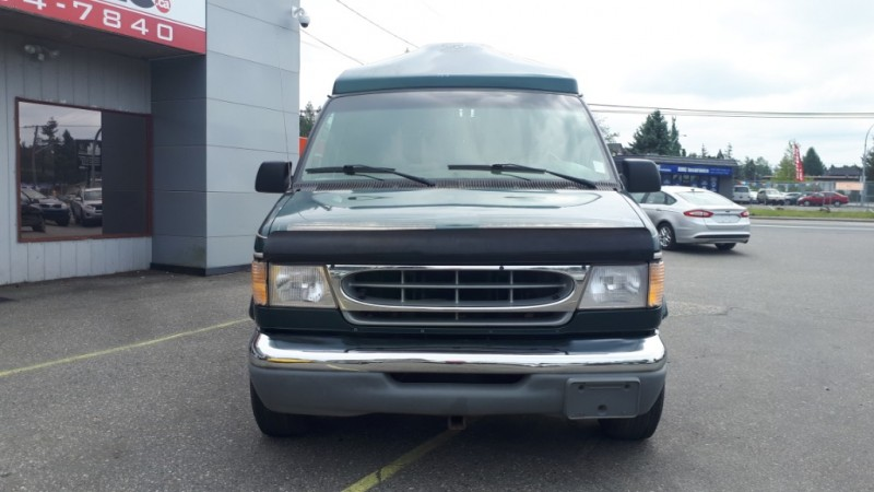 Ford E-150 Travel Van 1999 price $7,999