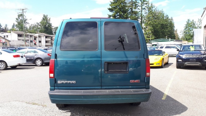 GMC Safari 1999 price $3,999