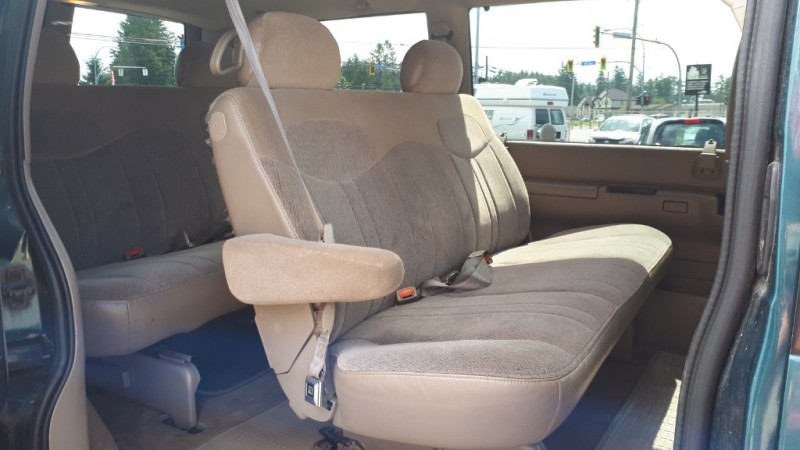 GMC Safari Passenger 1999 price $4,999