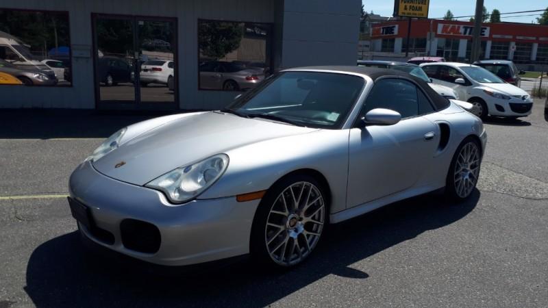 Porsche 911 2004 price $67,999