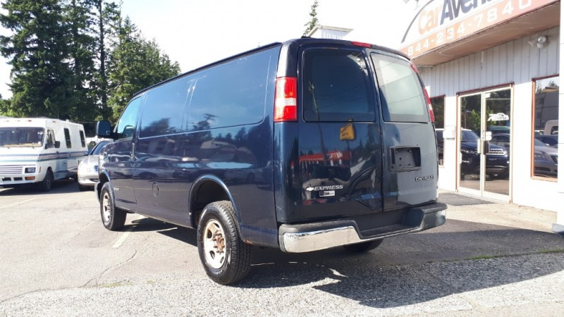 Chevrolet Express Cargo Van 2006 price $5,999