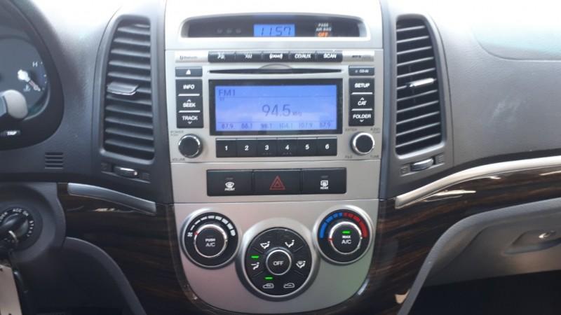Hyundai Santa Fe 2010 price $6,999