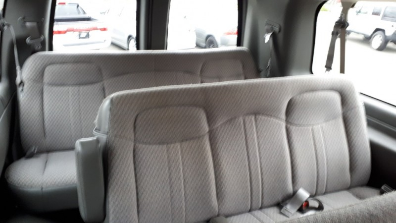 Chevrolet Express Passenger 2005 price $18,999