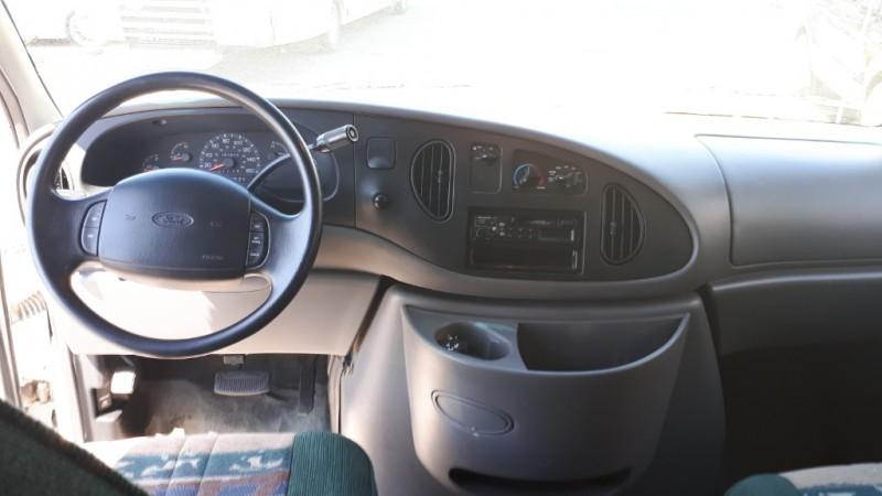 Ford Econoline Cutaway 1998 price $18,999