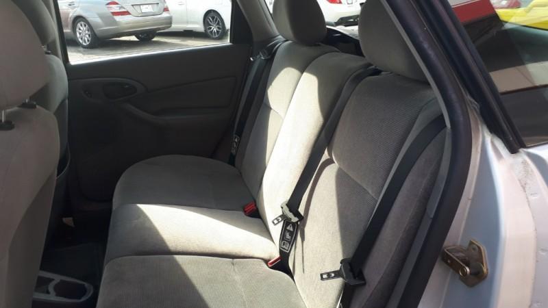 Ford Focus 2002 price $3,799