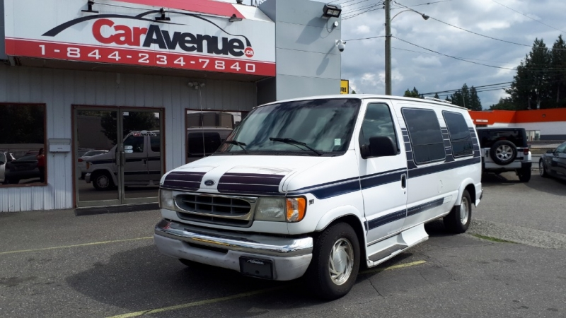 Ford E-150 Travel Van 2000 price $5,999