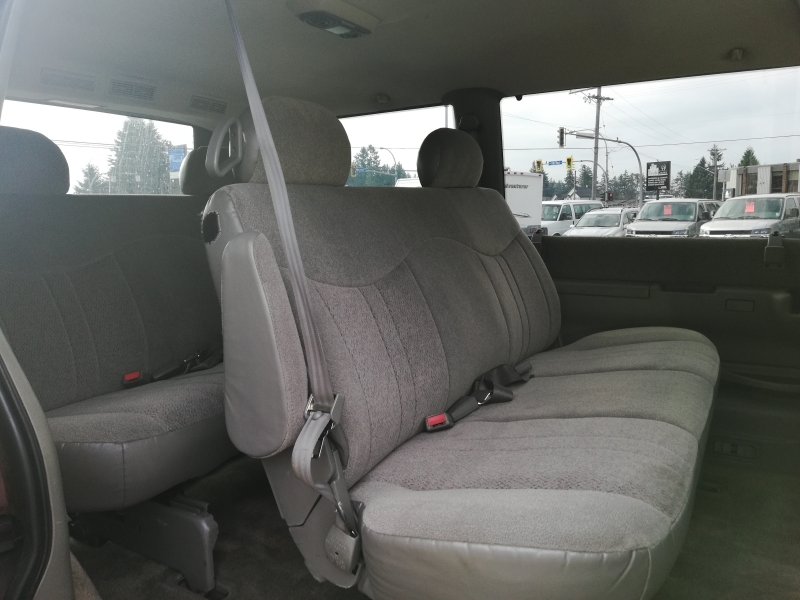 GMC Safari 2002 price $999
