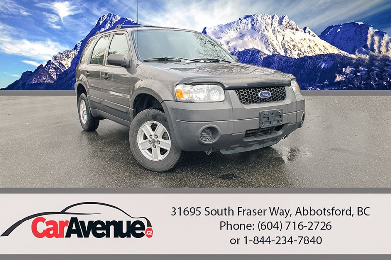 2005 Ford Escape XLS -- LOW KMS! LO